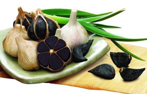 В Украине будут выращивать уникальный черный чеснок фото, иллюстрация