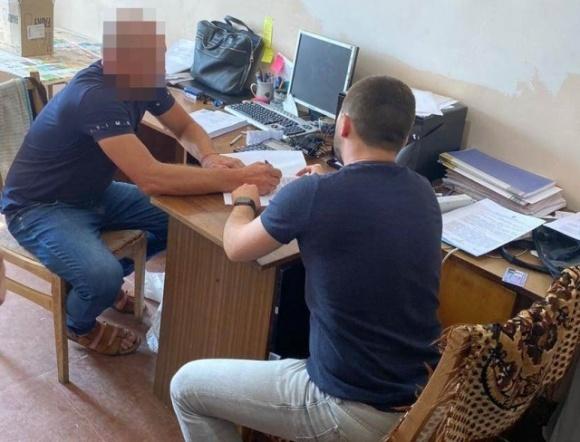 На Чернігівщині депутата від партії Шахова викрили на аграрних махінаціях фото, ілюстрація