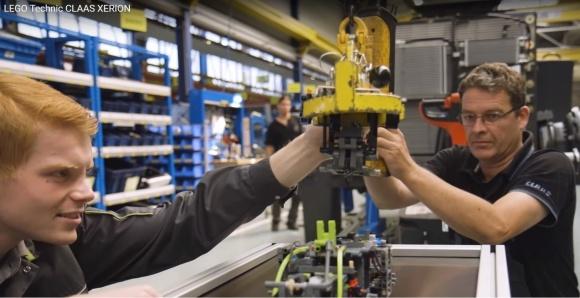 CLAAS: як трактора-монстра перетворити у Lego-модель (ВІДЕО) фото, ілюстрація