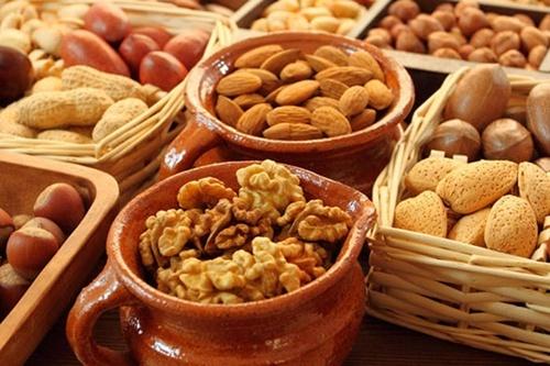 Названо обсяг «сірого» експорту горіхів з України фото, ілюстрація