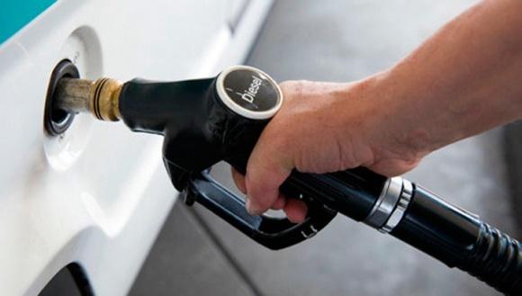 Оптовые цены на дизтопливо резко подскочили фото, иллюстрация