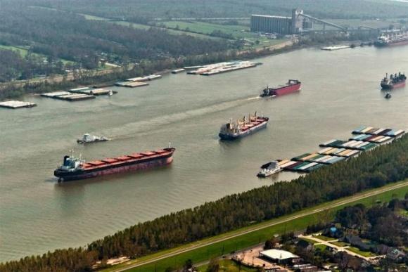 У 2020 році перевезення зернових вантажів по Дніпру скоротилися на 27% фото, ілюстрація