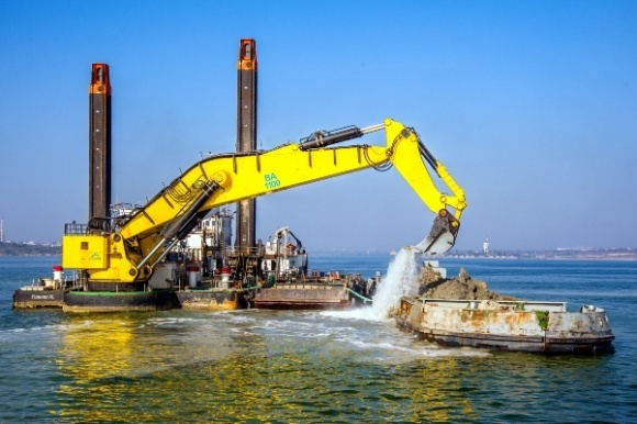 АМПУ планирует в 2018 г провести дноуглубление в азовских портах фото, иллюстрация