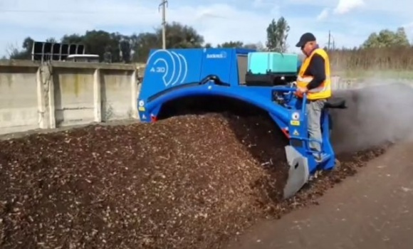 Во Львове тоннами перерабатывают органический мусор на удобрения фото, иллюстрация