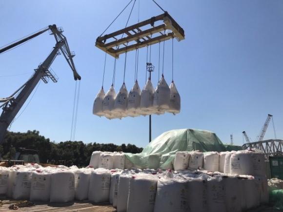 ПУСК майже втричі збільшив об'єми імпорту добрив в Україну фото, ілюстрація
