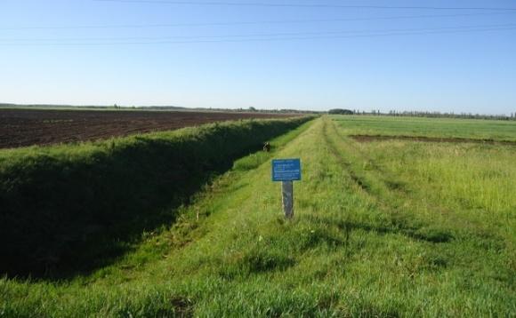 Для якісного зрошення українських полів потрібна система дренажування ґрунту, — аграрій фото, ілюстрація