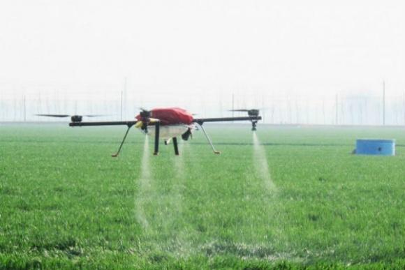 При внесенні добрив за допомогою дронів маржа складе €45-60/га  фото, ілюстрація