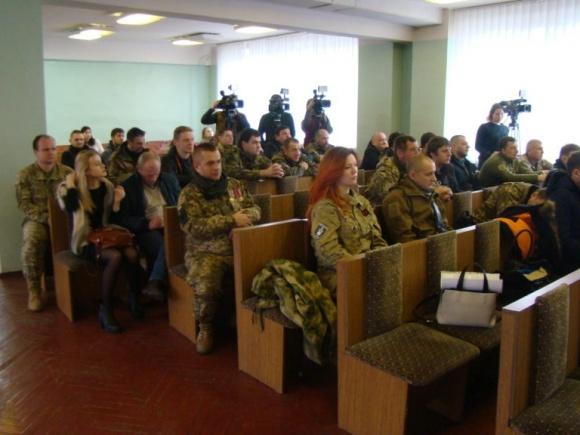 Військовослужбовці 72-ї окремої механізованої бригади отримали земельні ділянки в Київський обл. фото, ілюстрація