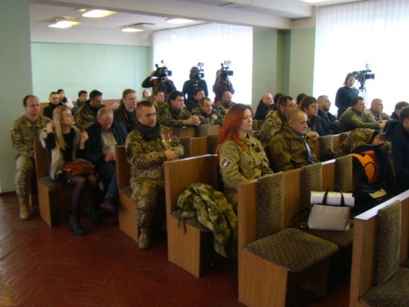 Военнослужащие 72-й отдельной механизированной бригады получили земельные участки в Киевской обл. фото, иллюстрация