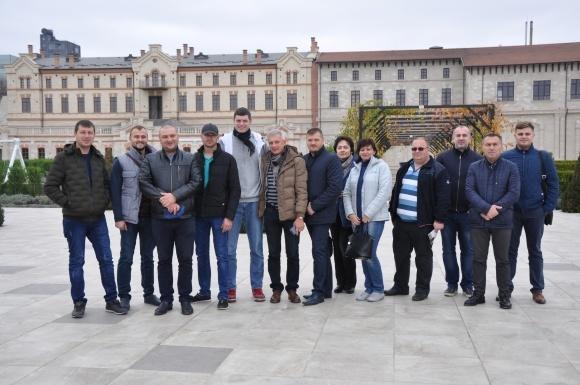 «UKRAVIT» организовала семинар для украинских виноградарей в Молдове  фото, иллюстрация