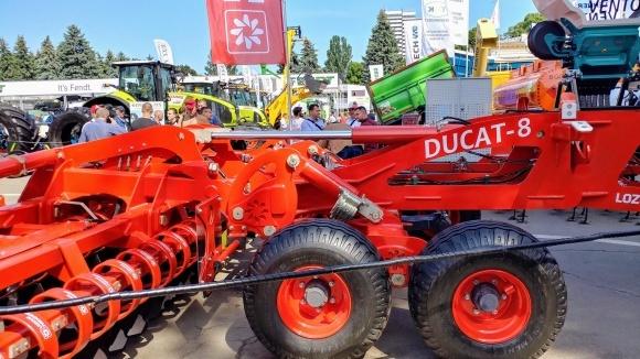 Новинки LOZOVA MACHINERY на AGRO-2021 фото, ілюстрація