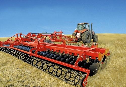 «Лозівські машини» стали єдиним українським виробником сільгосптехніки, що прийняв участь у провідній британській виставці фото, ілюстрація