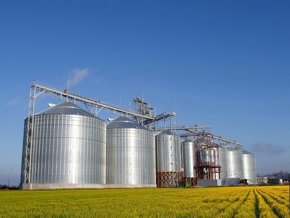 Средние и мелкие фермеры будут строить больше элеваторов и зернохранилищ фото, иллюстрация