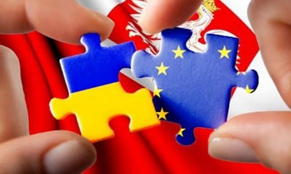 Через Польшу в ЕС – коридор для украинского экспорта фото, иллюстрация