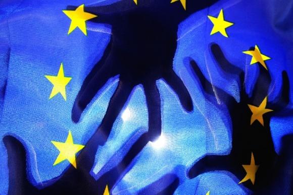 ЄС встановить нові критерії схвалення пестицидів з низьким рівнем ризику фото, ілюстрація