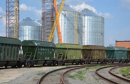 В Украине в январе-марте объем железнодорожных перевозок зерна увеличился на 19.8%, – Госстат фото, иллюстрация