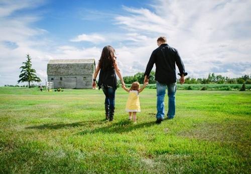 Семейная ферма: новые правила и привилегии фото, иллюстрация