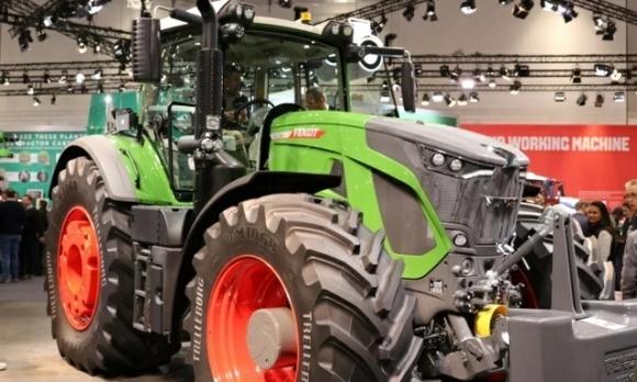 Названо трактор року-2020 фото, ілюстрація