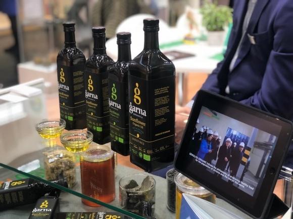 «Укролія» представила новий бренд органічних олій на виставці Biofach-2018 в Нюрнберзі фото, ілюстрація