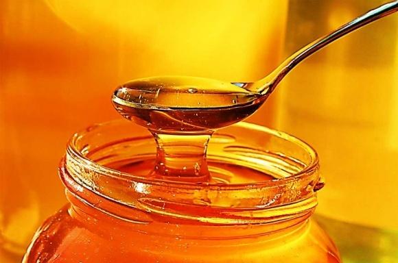 Український мед зрівнявся по ціні з дешевим китайським фото, ілюстрація