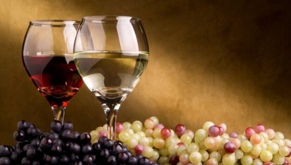 Україна збільшила виробництво вина фото, ілюстрація