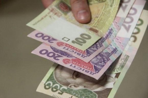 За віртуальну пшеницю селяни віддали реальні гроші фото, ілюстрація