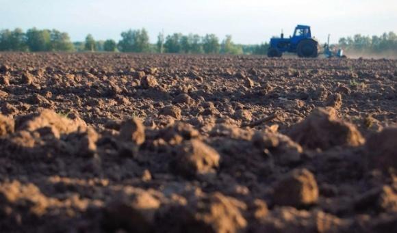 Для українських фермерів із липня запрацювала «гаряча лінія» з охорони ґрунтів фото, ілюстрація
