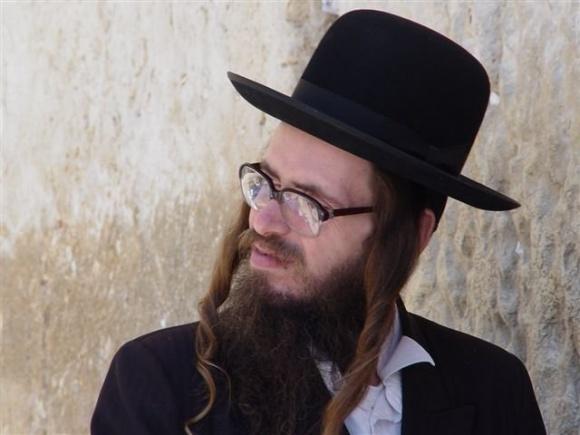 На еврейский Новый год хасиды съедят 200 коров фото, иллюстрация