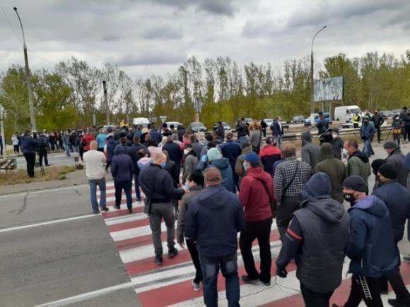 Звідки в нас імпортні овочі, якщо кордони закриті? — фермери Херсонщини вийшли на акцію протесту фото, ілюстрація