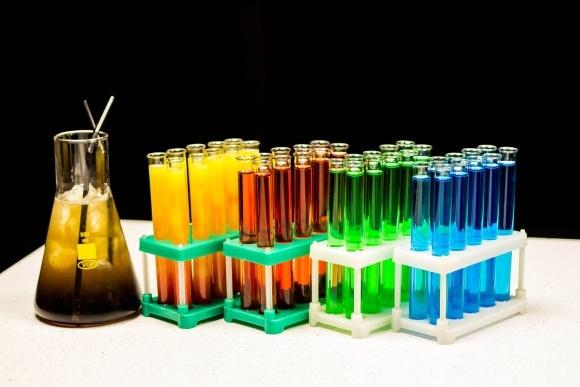 Ціни на хімічну сировину з Китаю зросли на 70% фото, ілюстрація