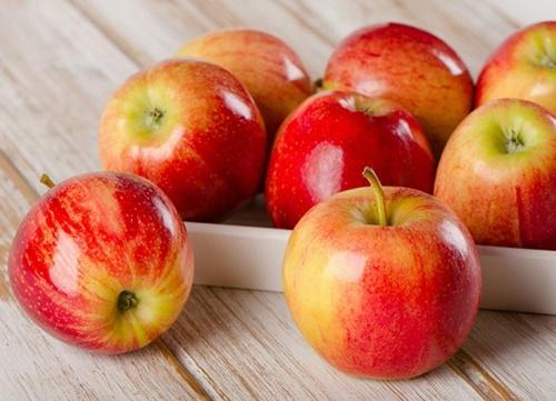 Першість у експорті яблука в світі і надалі утримують кооперативи садівників, - Андрій Ярмак фото, ілюстрація