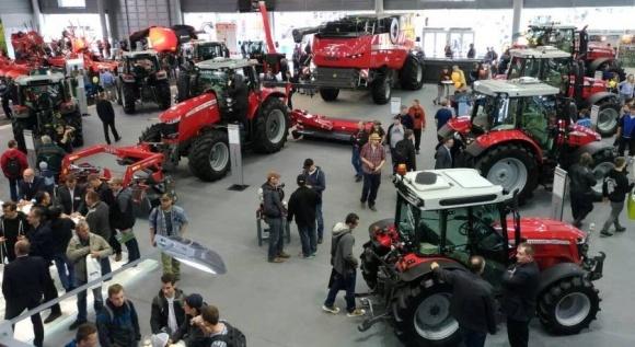 Чехия планирует производить в Украине с/х технику фото, иллюстрация
