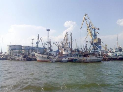 Бердянський порт буде перевалювати мінеральні добрива фото, ілюстрація