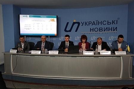 Посівна кампанія в Україні почалася на місяць раніше, - Володимир Топчій фото, ілюстрація