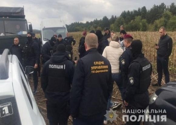 В Днепропетровской области рейдеры пытались захватить урожай подсолнечника  фото, иллюстрация