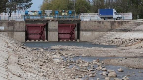 Станем внизу канала! Украинские фермеры против подачи воды в Крым  фото, иллюстрация