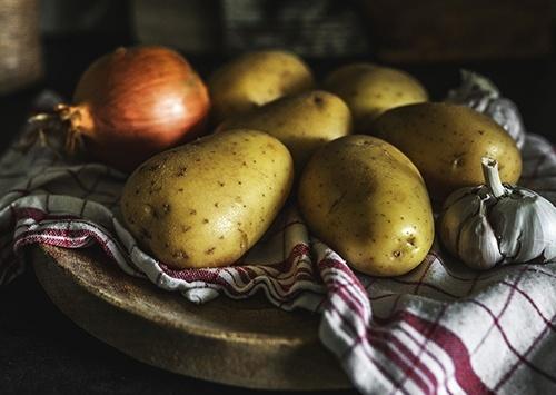 В Україні знову дорожчає картопля та цибуля фото, ілюстрація