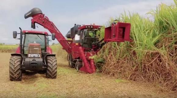 Техніка, з якою хочеться стати фермером (ВІДЕО) фото, ілюстрація