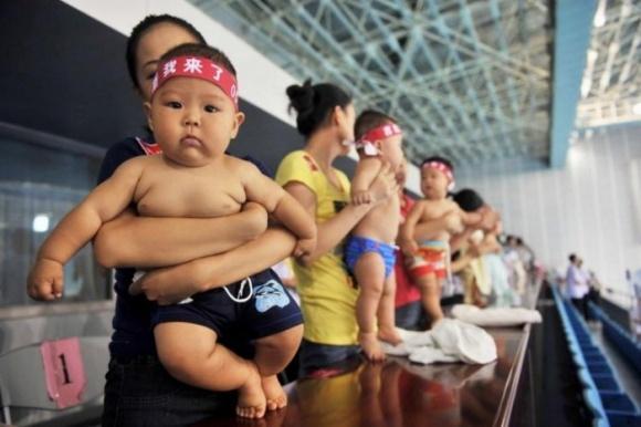 Українським молочникам варто скористатися китайським бебі-бумом фото, ілюстрація