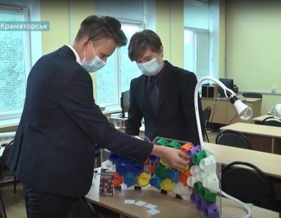 Украинские школьники создали технологическую автономную миниферму  фото, иллюстрация