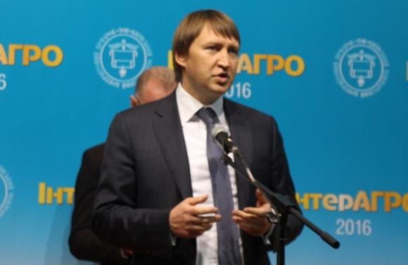 Т.Кутовой намерен возродить сельхозмашиностроение Украины фото, иллюстрация