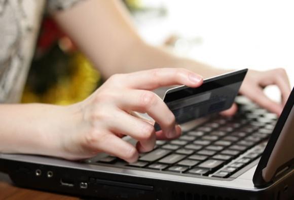 Найбільше порушень прав споживачів у інтернет-торгівлі, - В. Лапа фото, ілюстрація