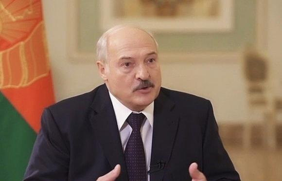 Карантин, комендантский час... А жрать что будем?, — Александр Лукашенко фото, иллюстрация