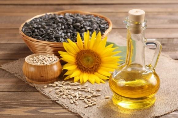 Украина будет удерживать лидерство по экспорту подсолнечного масла, — Т.Кутовой фото, иллюстрация