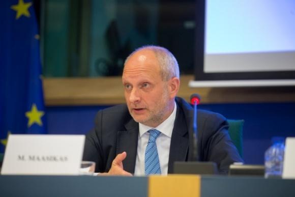 ЕС не требует открыть рынок украинской земли для иностранцев, — посол ЕС фото, иллюстрация