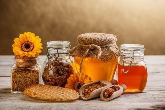 Шведы интересуются украинским маслом, соками и продуктами пчеловодства фото, иллюстрация