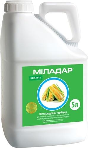 Баковые смеси для кукурузы: для эффективной защиты и экономии средств фото, иллюстрация