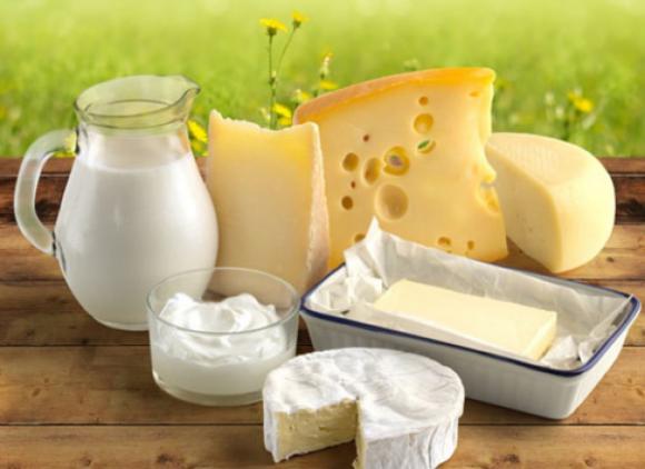 Украинцы экономят на молоке и молокопродуктах, - опрос фото, иллюстрация