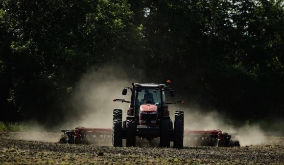 Подразделение Monsanto подписало соглашение об обмене данными с AGCO фото, иллюстрация