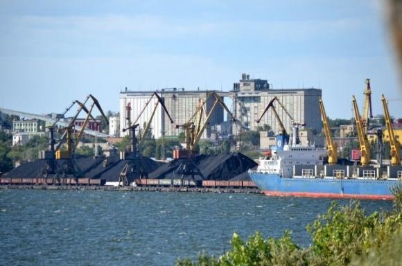 Миколаївський морпорт став лідером із перевалки зернових та олії в Україні фото, ілюстрація
